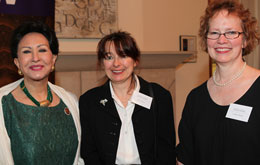 Thai Princess Vudhichalerm Vudhijaya Gilbert, left, Judith Henchy & UW Libraries Dean Betsy Wilson.
