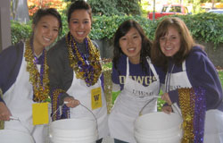 UW students and volunteers at UWAB's 2009 Tailgate Fundraiser at Husky Stadium.