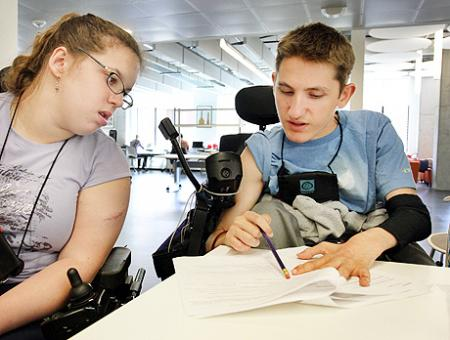 Image of two students collaborating during a CSNE lab.