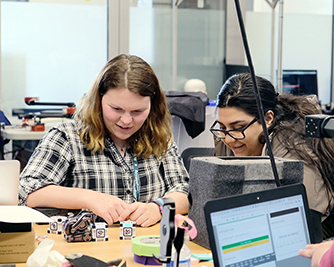 OurCS@UW+AccessComputing brought together students and mentors in an interactive research-focused workshop on UW campus.