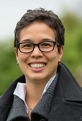 Headshot of Gaby de Jongh.