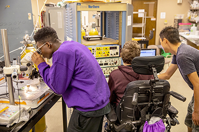 Phase II Scholars Myles and Alex work in the Neurobiology lab during Summer Study 2018.