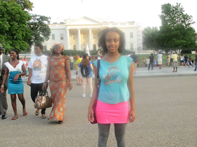 Photo of DO-IT Scholar Sara Teshome in front of the White House