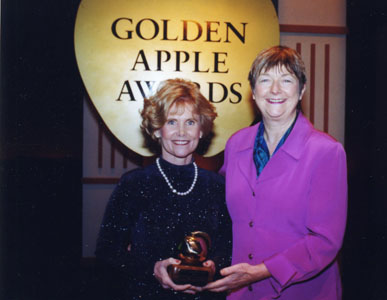 Sheryl Burgstahler accepts the Golden Apple Award for DO-IT