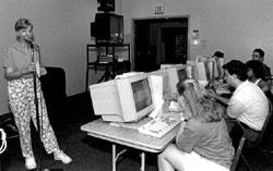Photo of DO-IT Mentor Imke Durre instructing DO-IT Scholars